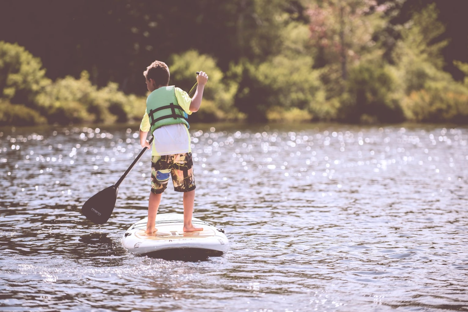 paddle-boarding-lake-district