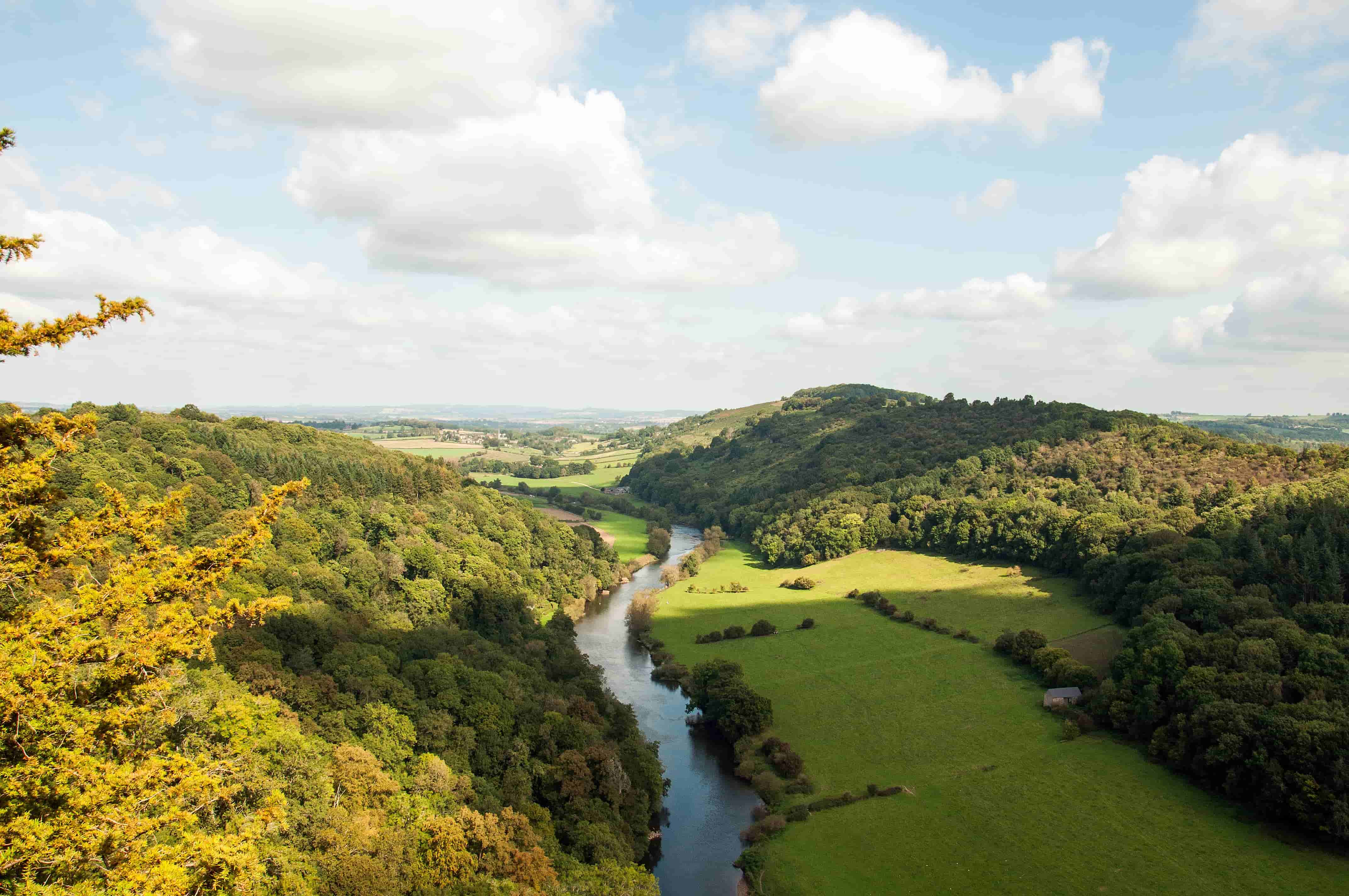 Canoeing and Kayaking In UK, England, Symonds Yat, River Wye